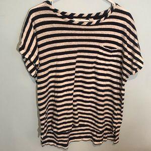 (4/$15) Vineyard Vines navy &white striped shirt